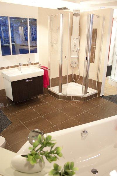 bad dusche sauna z ngler gmbh. Black Bedroom Furniture Sets. Home Design Ideas